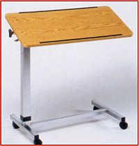 Bett-Tisch mit Rollen und schwenkbarer Tischplatte