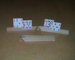 Spielkartenhalter klappbar aus Holz